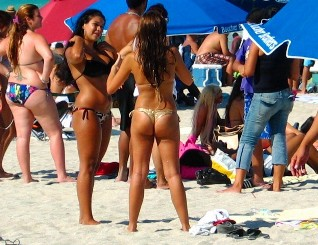 Spectacular Latina Bikini Beach 