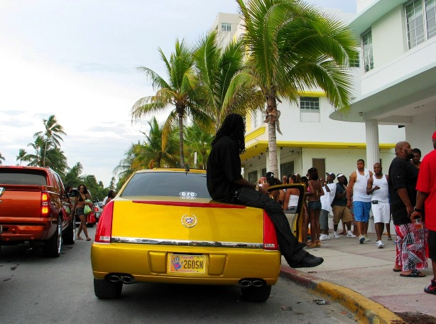 Gold SOBE Cadillac - © 2oo9 JiMmY RocKeR PhoToGRaPhY