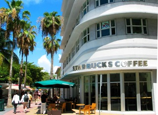 Starbucks Coffee Shop / Lincoln Road Mall - © 2009 Jimmy Rocker Photography
