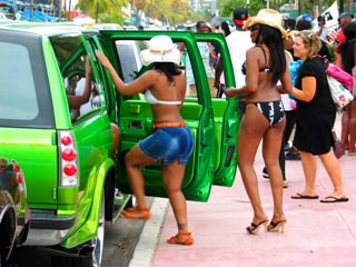 Ultra Green Hip Hop Suv - © 2009 Jimmy Rocker Photography