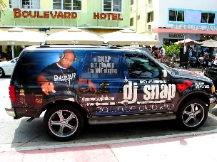 DJ Snap Suv South Beach - © 2009 Jimmy Rocker Photography