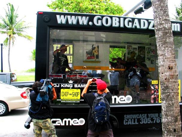 Incredible Mobile Rap Band #2 - © 2009 Jimmy Rocker Photography