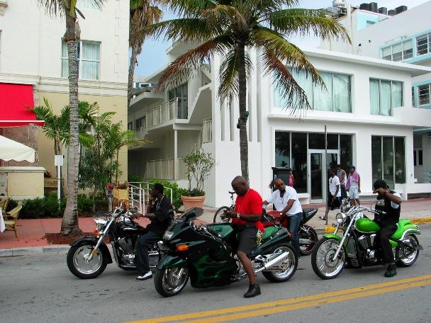 South Beach Biker Boyz - © 2oo9 JiMmY RocKeR PhoToGRaPhY